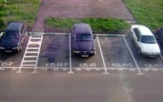 Незаконный захват во дворах парковочных мест