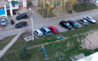 Нарушение правил парковки во дворах
